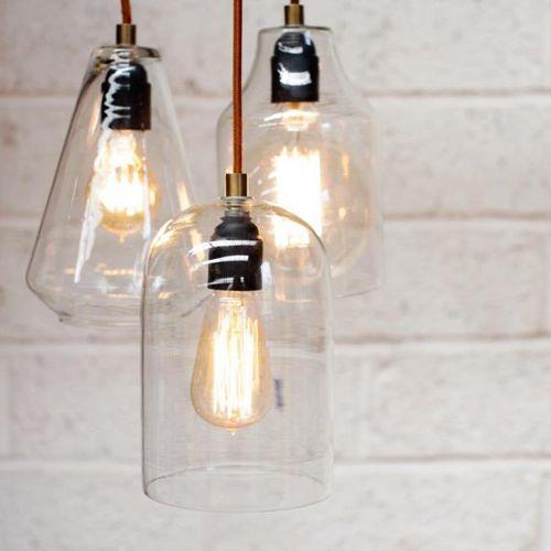 Suspension en verre transparent malosa nkuku luminaires for Suspension cuisine verre