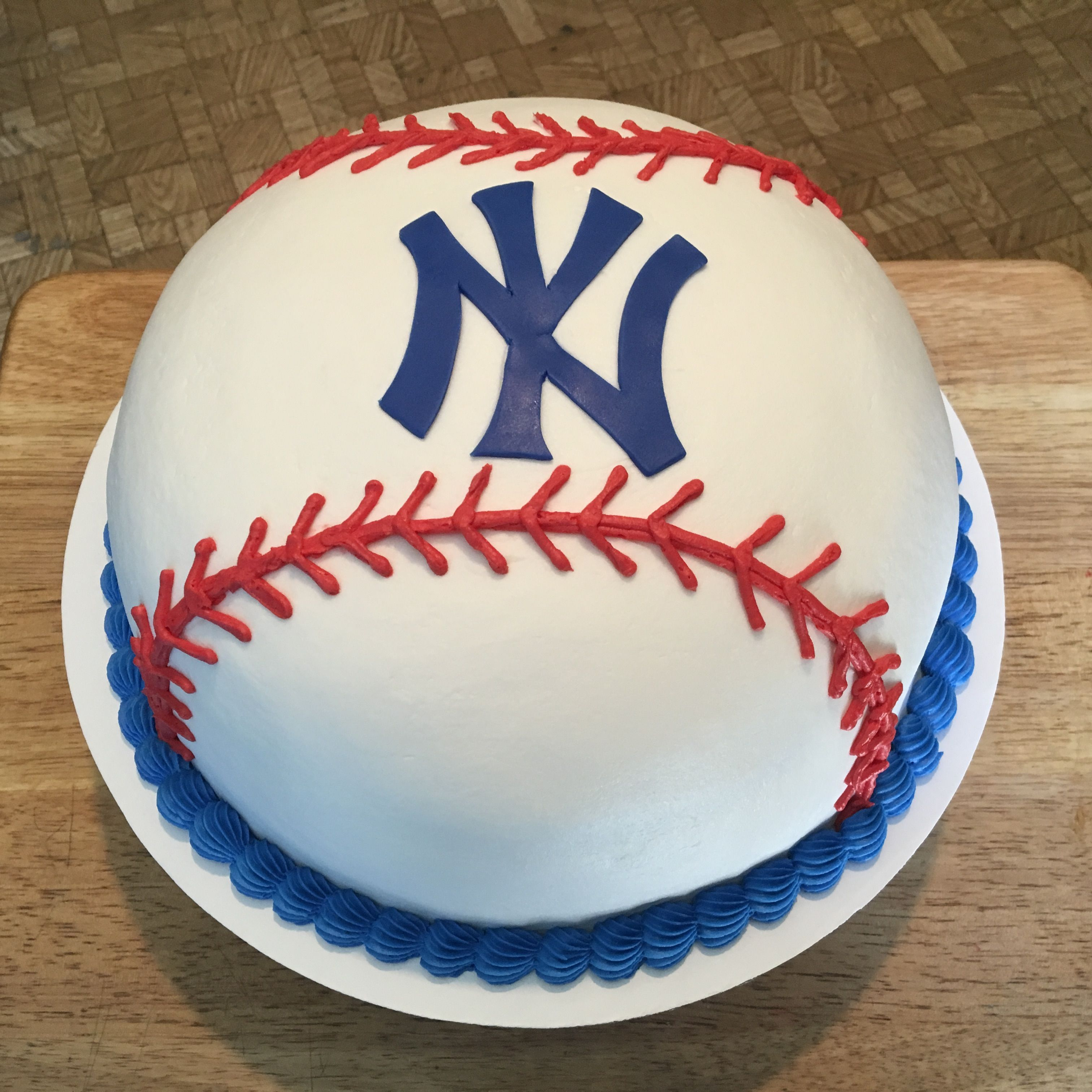 New York Yankees Baseball Cake Yankees Birthday Party Yankees Birthday Baseball Cake