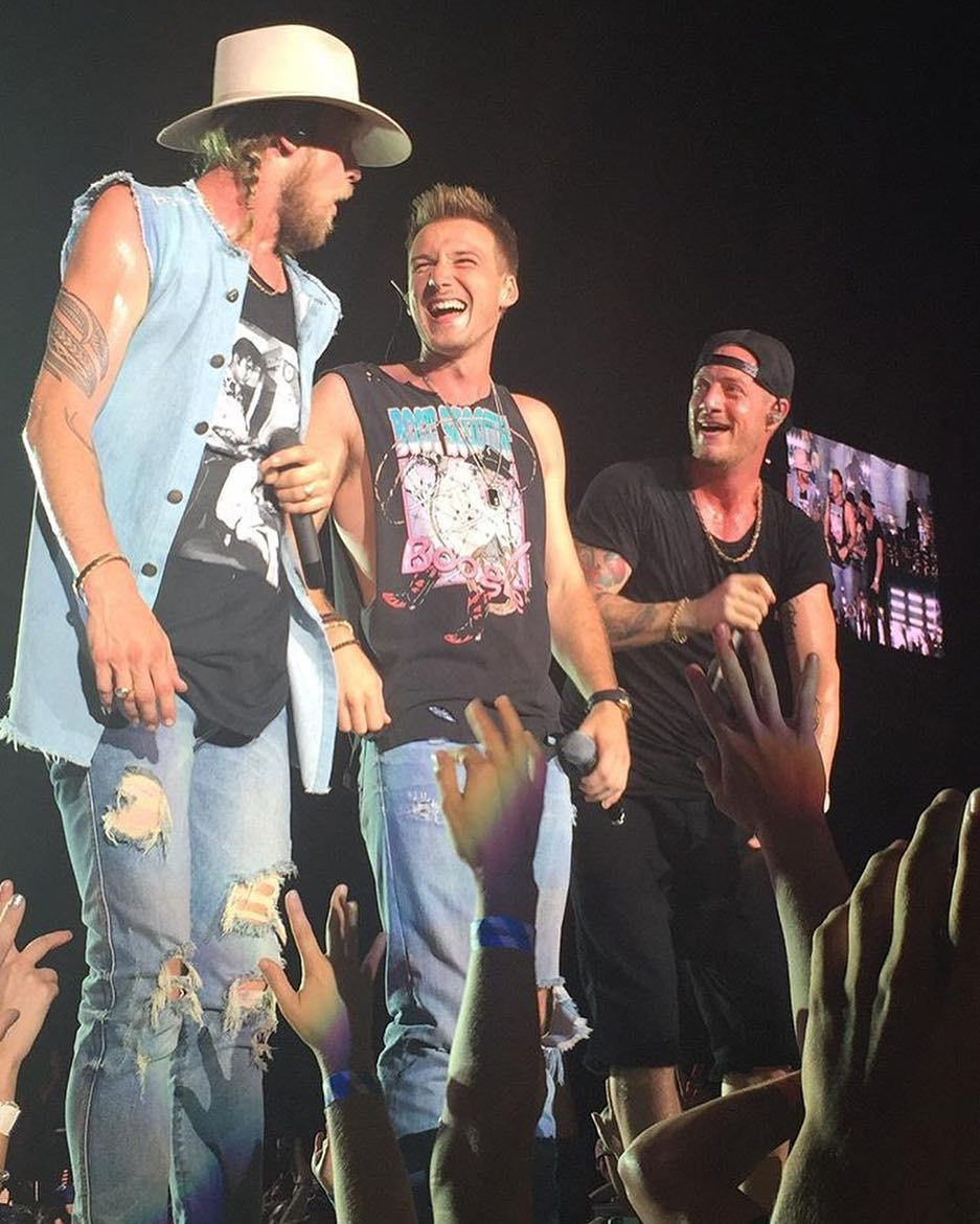 Fgl And Morgan Wallen Country Singers Florida Georgia Line Male Country Artists
