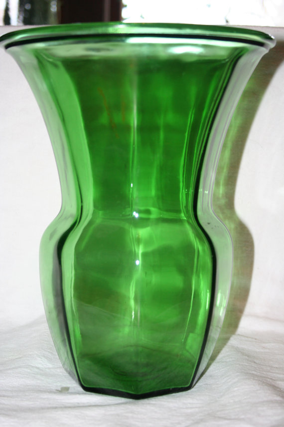 Large Vintage Green Glass Vase By Thetreasurehuntllc On Etsy Glass