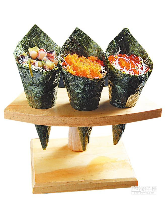 八田除了燒烤,也提供生魚片與握壽司等多樣日式料理。(王英豪攝)