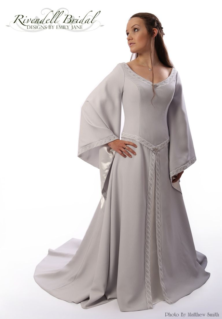 50+ Maid Marian Style Wedding Dress - Country Dresses for Weddings ...