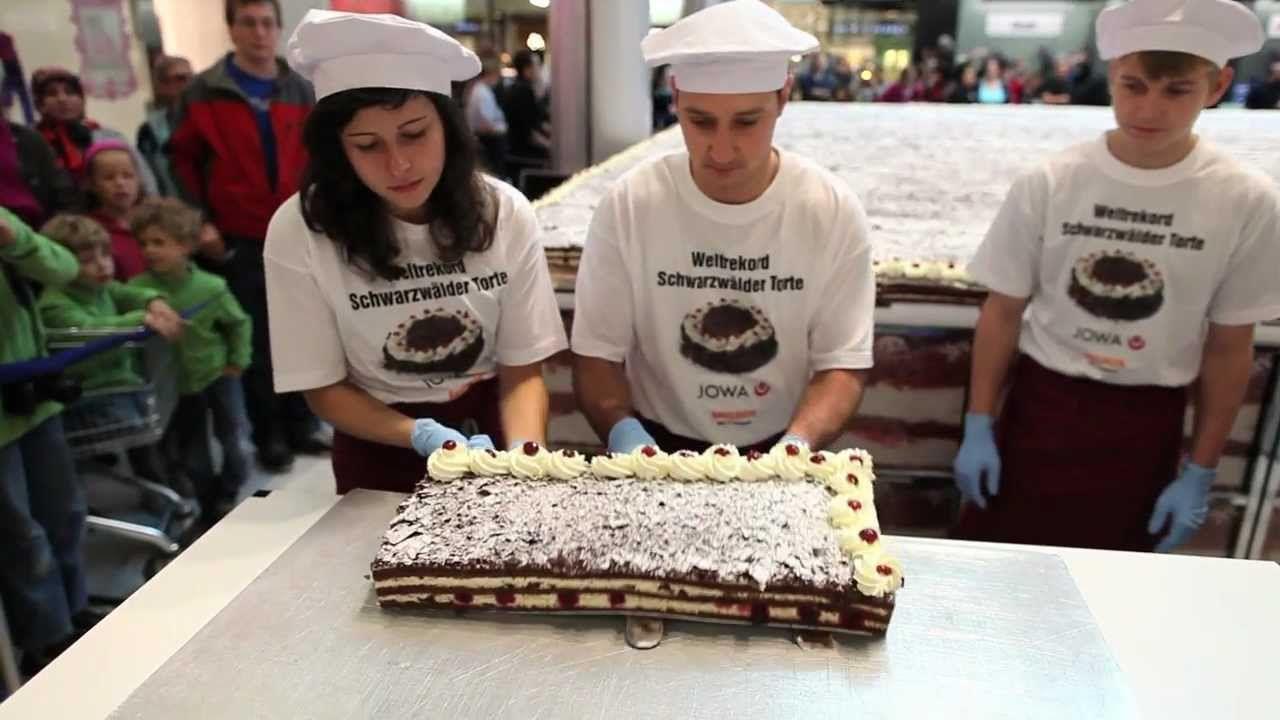 Glattzentrum Die Grosste Schwarzwaldertorte Der Welt Schwarzwalder Torte Torten Konditor