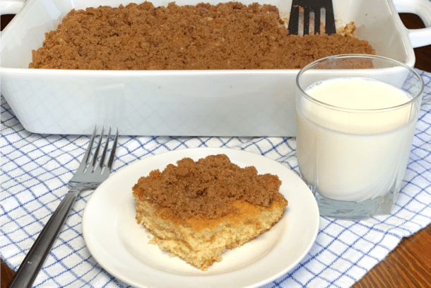 This Easy Coffee Cake Has A Cinnamon And Brown Sugar Streusel Topping That Is Irresistible The Butte Coffee Cake Buttermilk Coffee Cake Buttermilk Cake Recipe