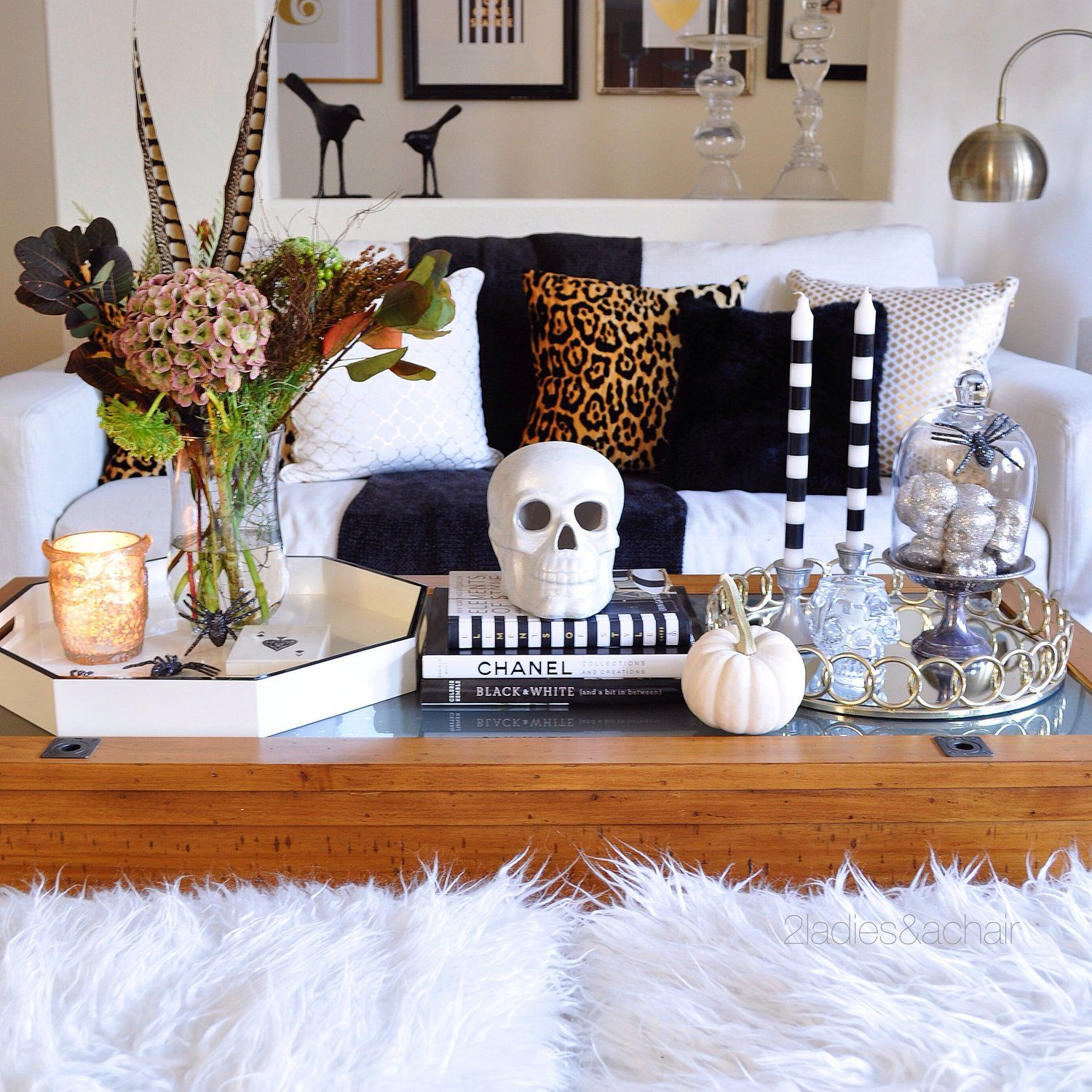Halloween Black And White Coffee Table Decor 7 Fall Coffee Table Ideas Fallcoffeetable Coffeetabledecor Lighta Halloween Living Room Decor Fall Coffee Table