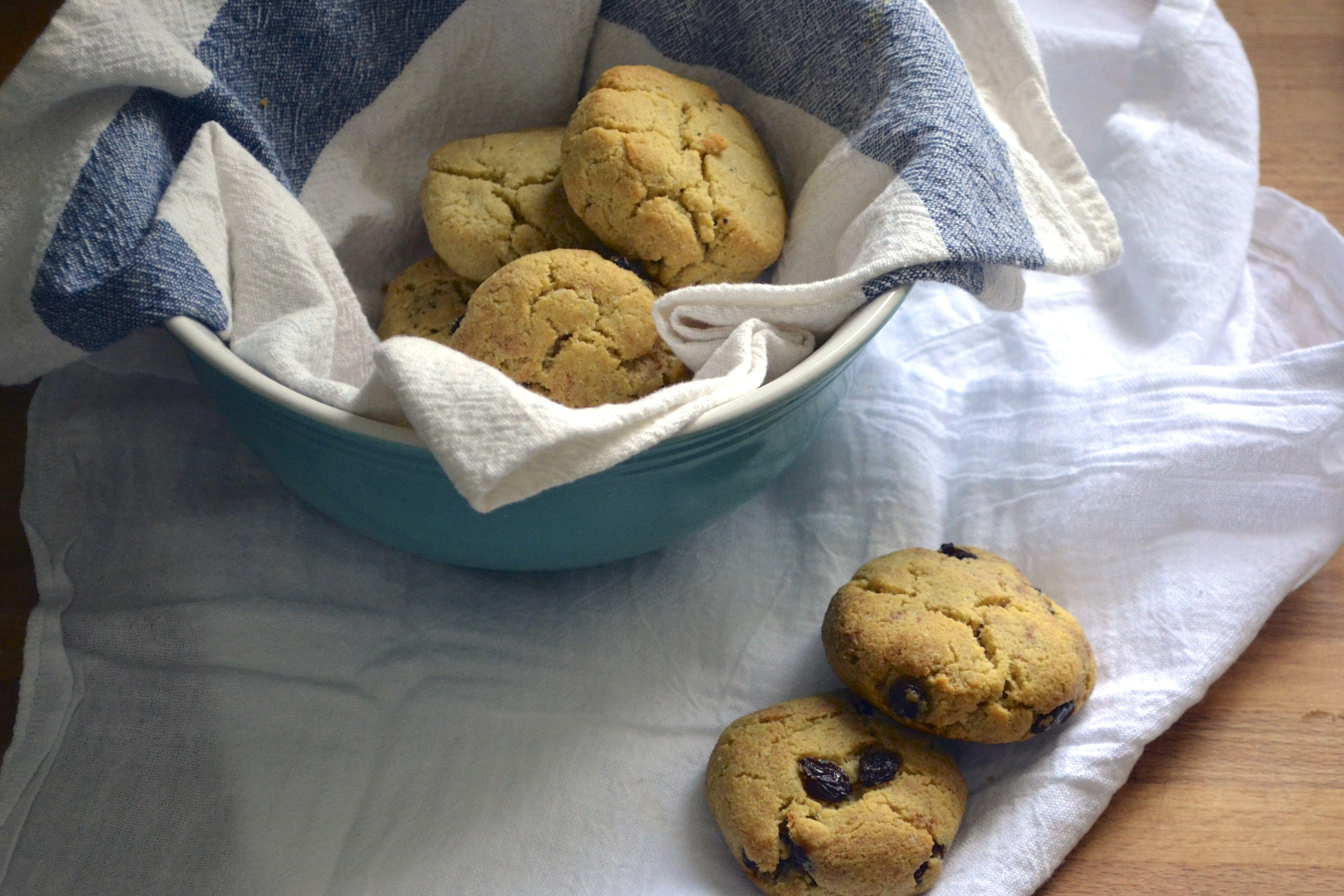 Cinnamon Raisin Biscuits (Grain Free, Gluten Free, Paleo) / Big Eats Tiny Kitchen