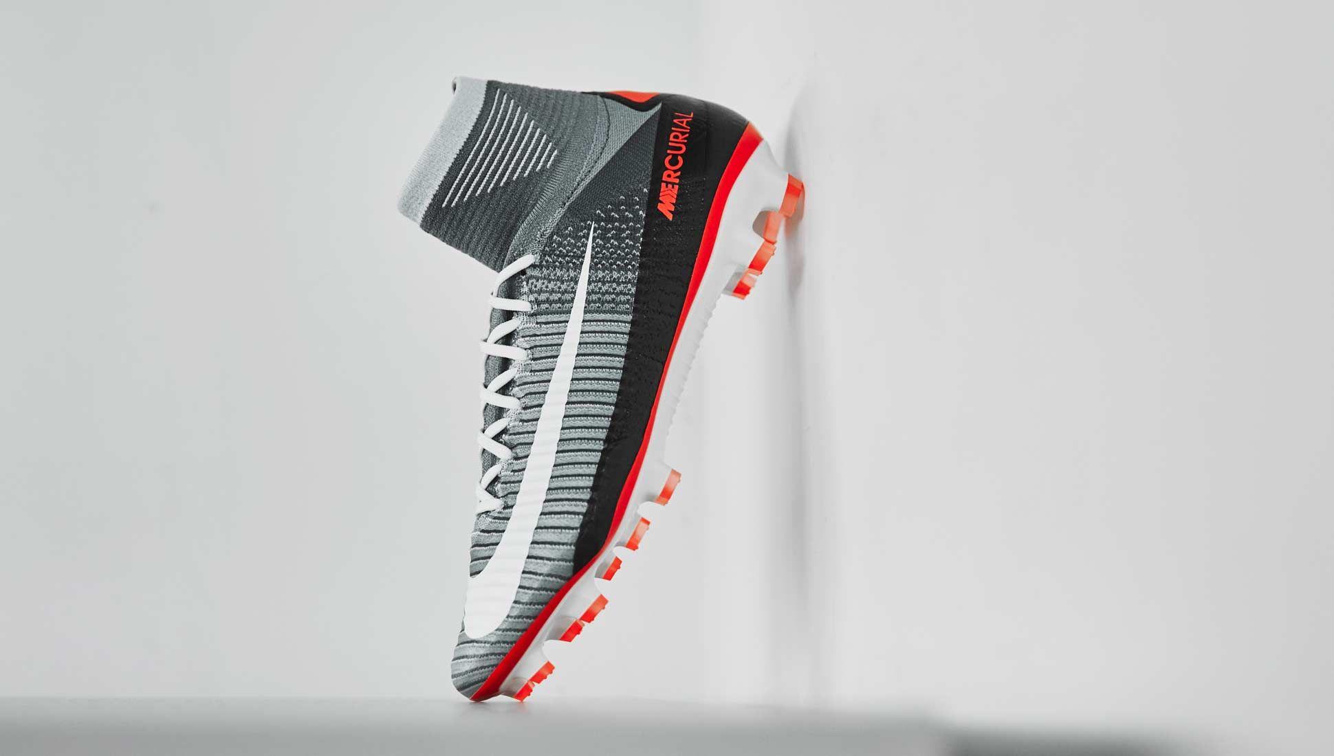 nike air max 90 football boots