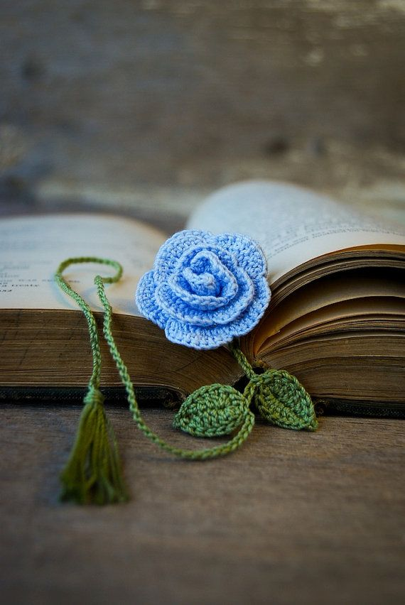 crochet flower bookmark handmade blue rose blumen wolle pinterest h keln blumen h keln. Black Bedroom Furniture Sets. Home Design Ideas