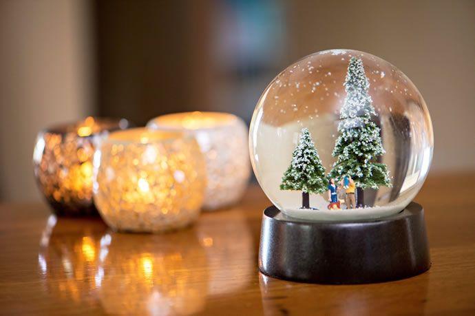 Personalized Diamond Ornaments : christmas snow globe