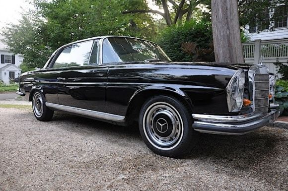 This 1963 Mercedes Benz 220SE Coupe (Chassis 111021043564) was brought to the East Coast from California just two months ago by the current seller. He calls the car a rust-free driver with new black paint that has some needs. The car is said to drive and stop well, and have no leaks, but the turn signals need repair and the A/C system was removed. This Mercedes is available in Stamford, Connecticut for $13,000 obo.