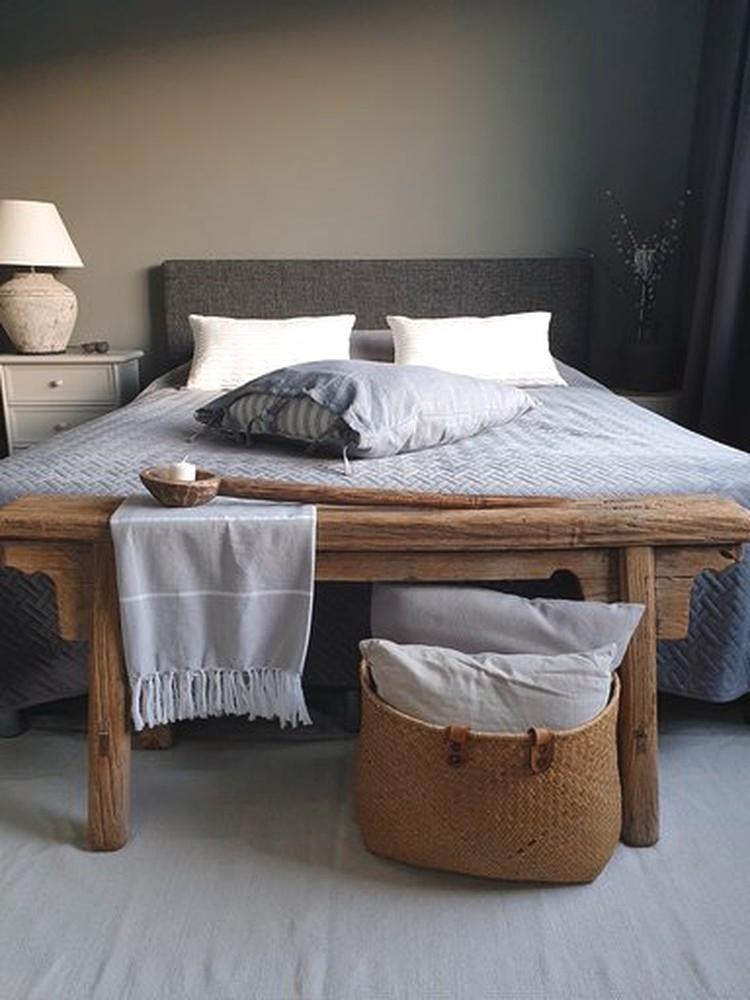 Goede 4x zo style je een bankje aan het voeteneind van je bed (met YP-86