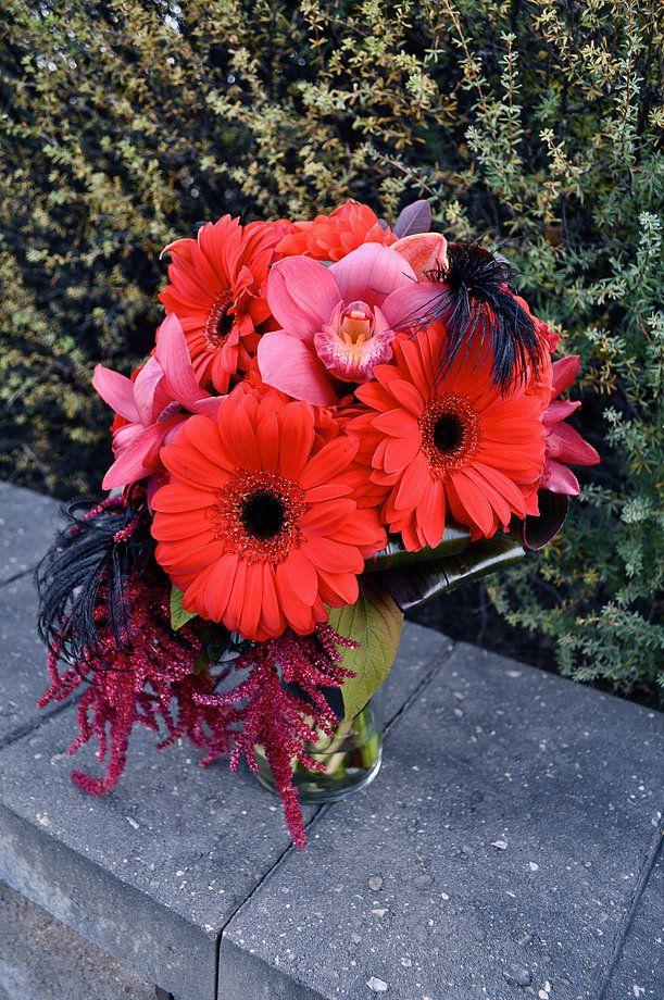 Bridal Bouquets CREATIVE EDGE FLOWERS COUNTRY HILLS NE