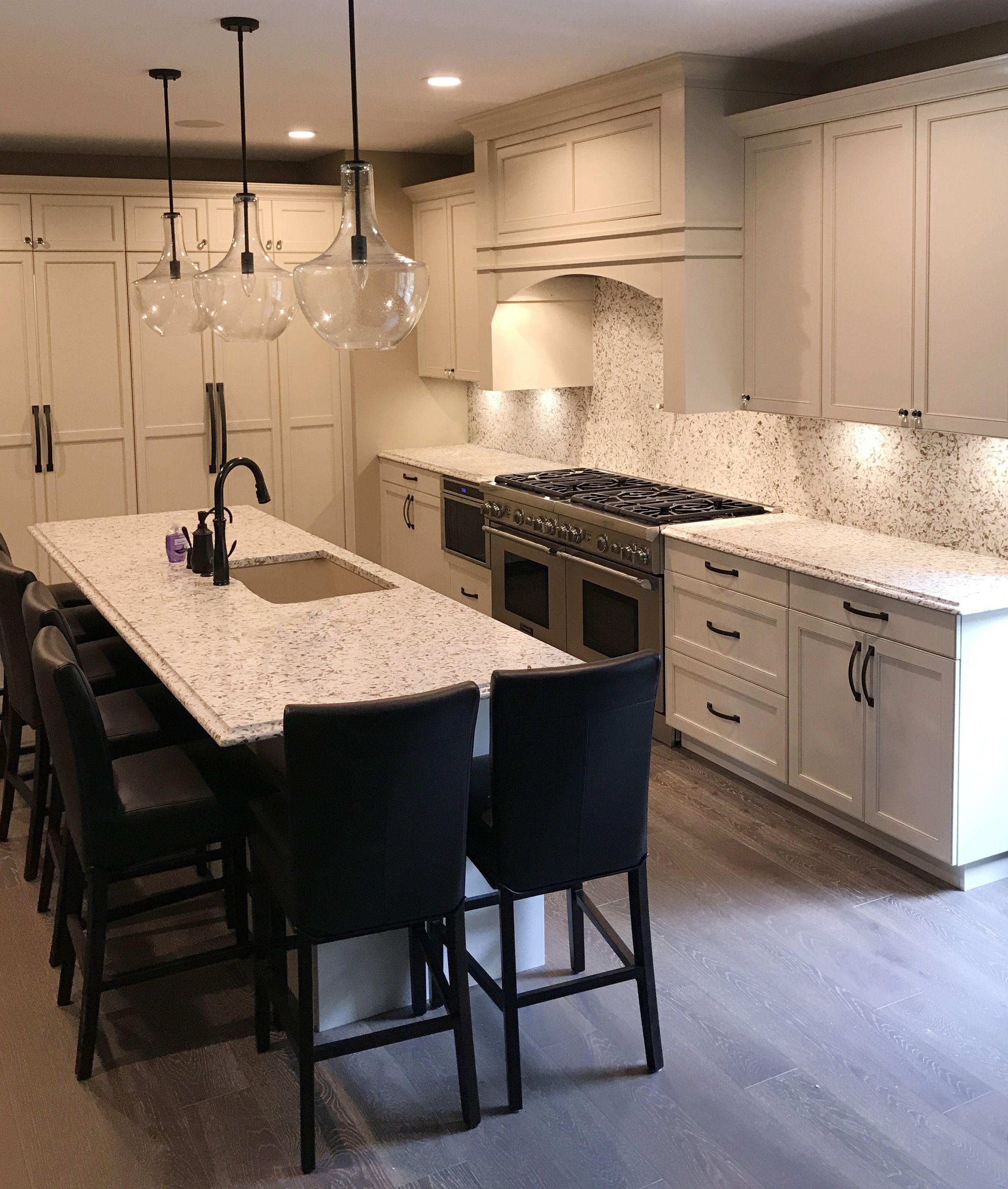 Kitchen Wall Tiles Height: ColorQuartz Siberian White Quartz Kitchen With Full Height