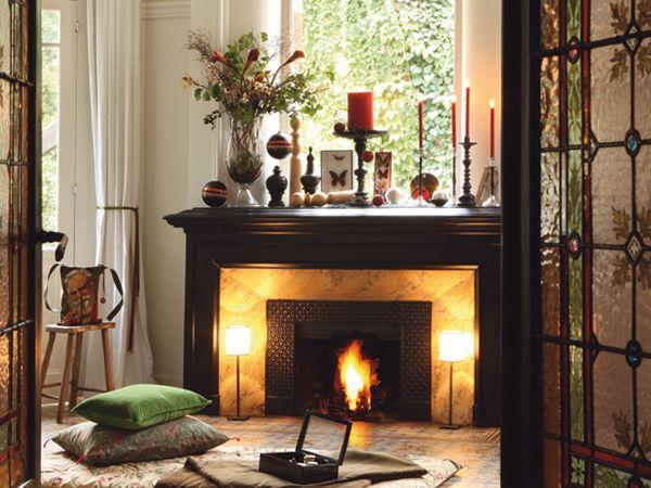 40 christmas fireplace mantel decoration ideas - Moderner Kamin Umgibt Kaminsimse