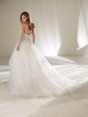 Wedding dress full skirt petite size - Pronovias 2018 Collection ...