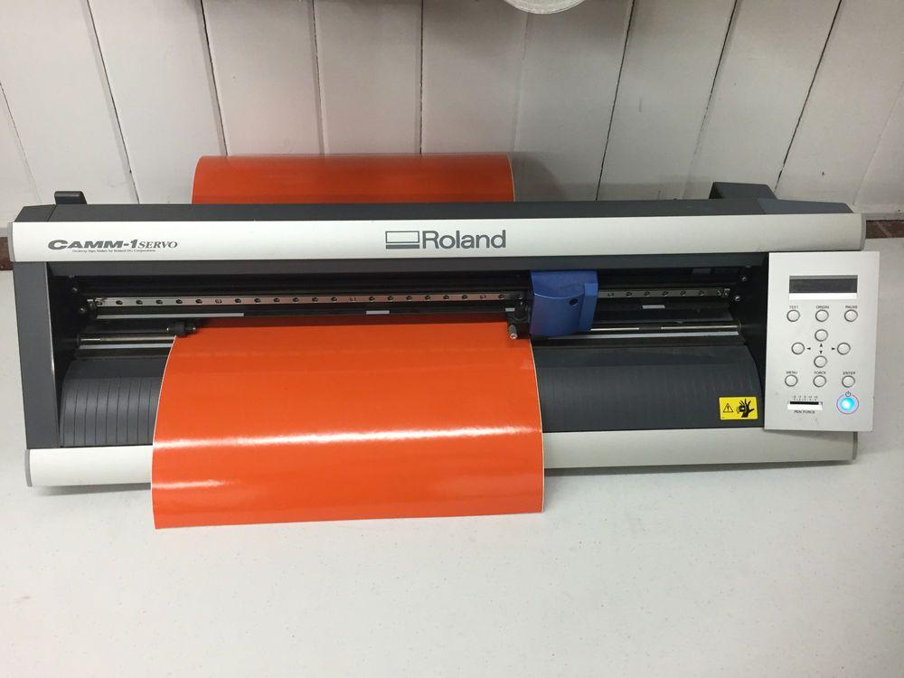 Roland camm1 servo gx-24 desktop vinyl cutter low hours in
