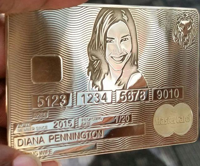 Pin By Luxus Magazine On Aurae Lifestyle Lanca Cartao Feito De Ouro Credit Card Design Cards Member Card