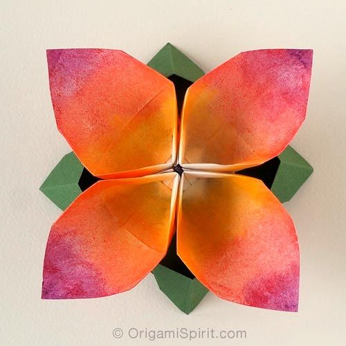 Origami flower four petal an updated and improved video tutorial origami flower four petal an updated and improved video tutorial flor en mightylinksfo