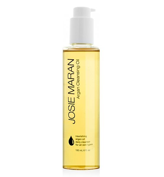 Why Every Woman Should Be Using A Facial Oil - Fountain of ...