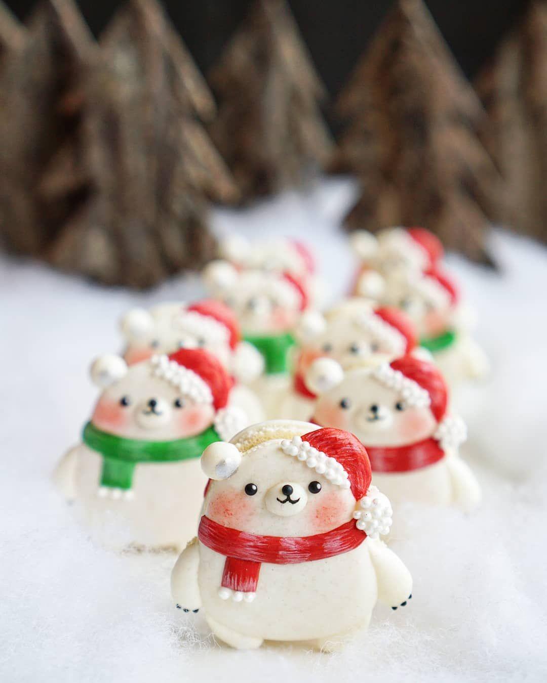Christmas Macarons.Pin On Macarons