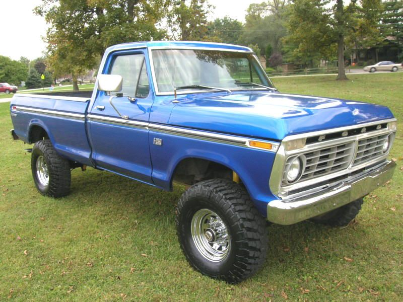 75 F250 Highboy Jacked Up Trucks