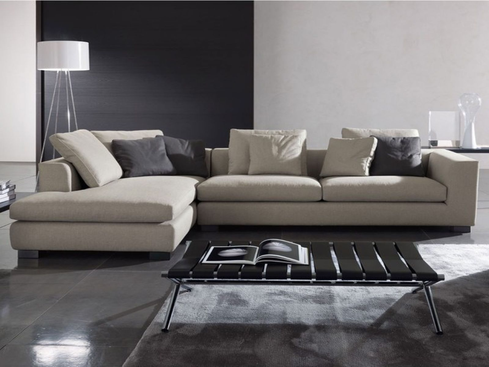 Minimalist Sectional Sofa Google Search Sectional Sofa Modern Sofa Sectional Comfortable Modern Sofa