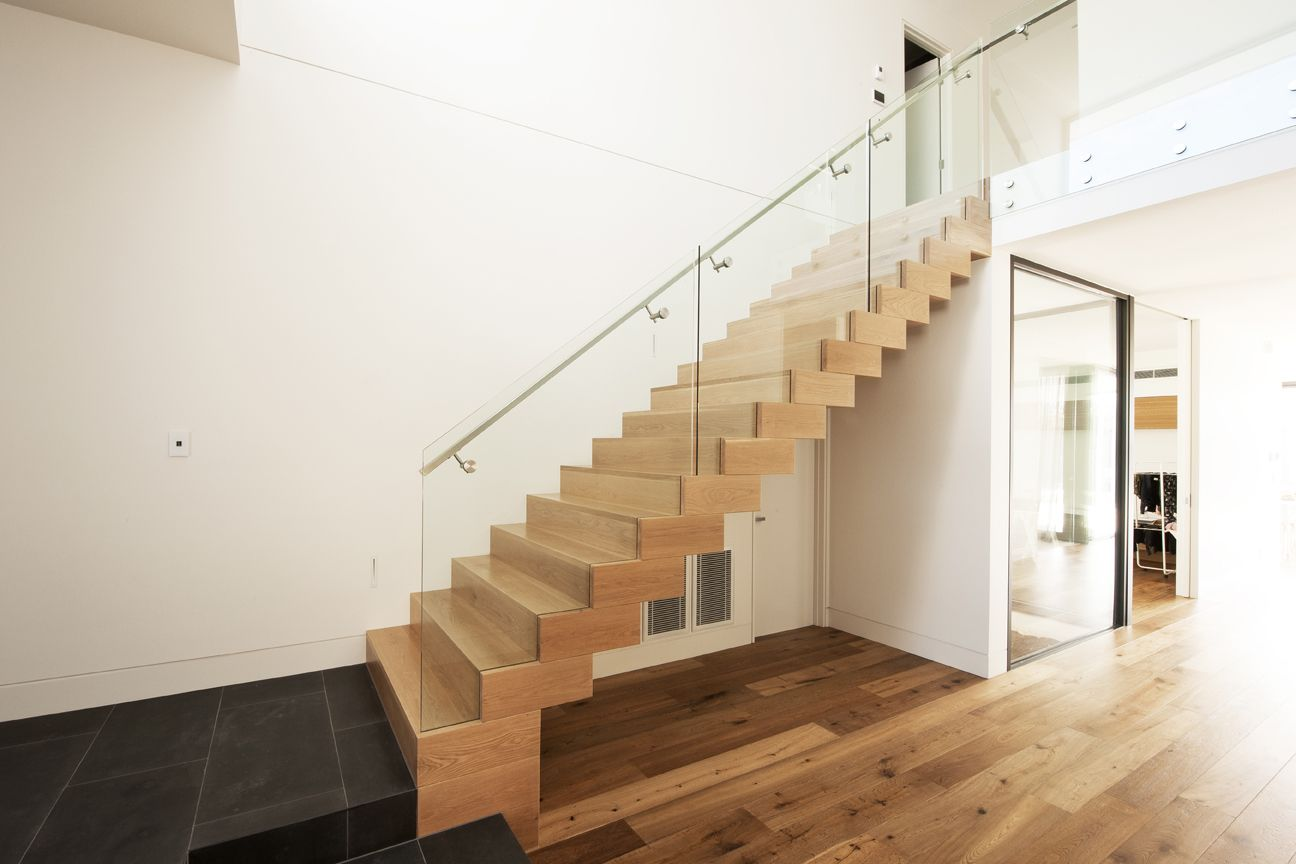 Best American Oak Stained Timber Boxed Stair Stainless 640 x 480