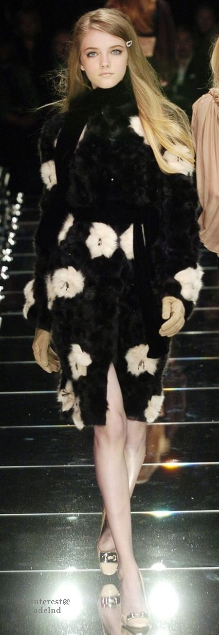 Dolce & Gabbana Fall 2005