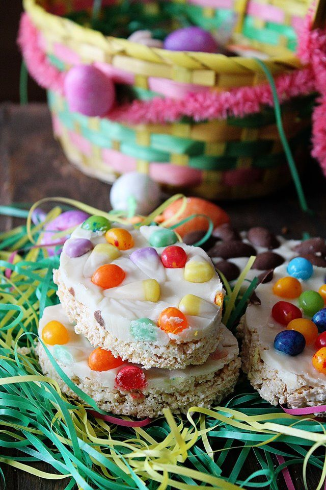 Easter rice crispy treats recipe white chocolate rice krispy easter egg shaped rice crispy treats topped with melted white chocolate and jelly beans negle Images