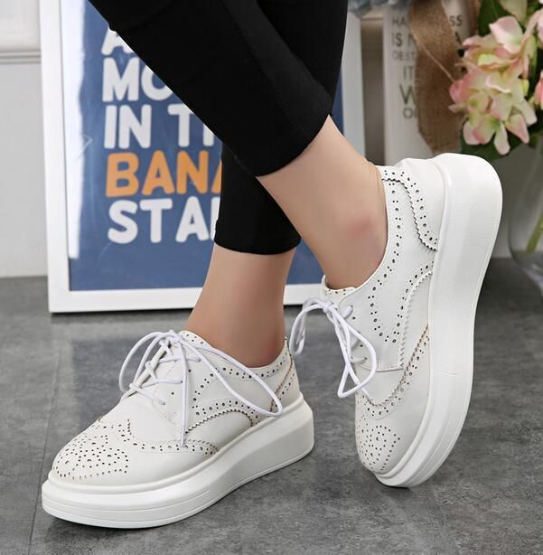 635dcb41b4f Brogues Retro Womens low Top Flat Platform Oxford Creeper Lace Up Wingtip  Shoes