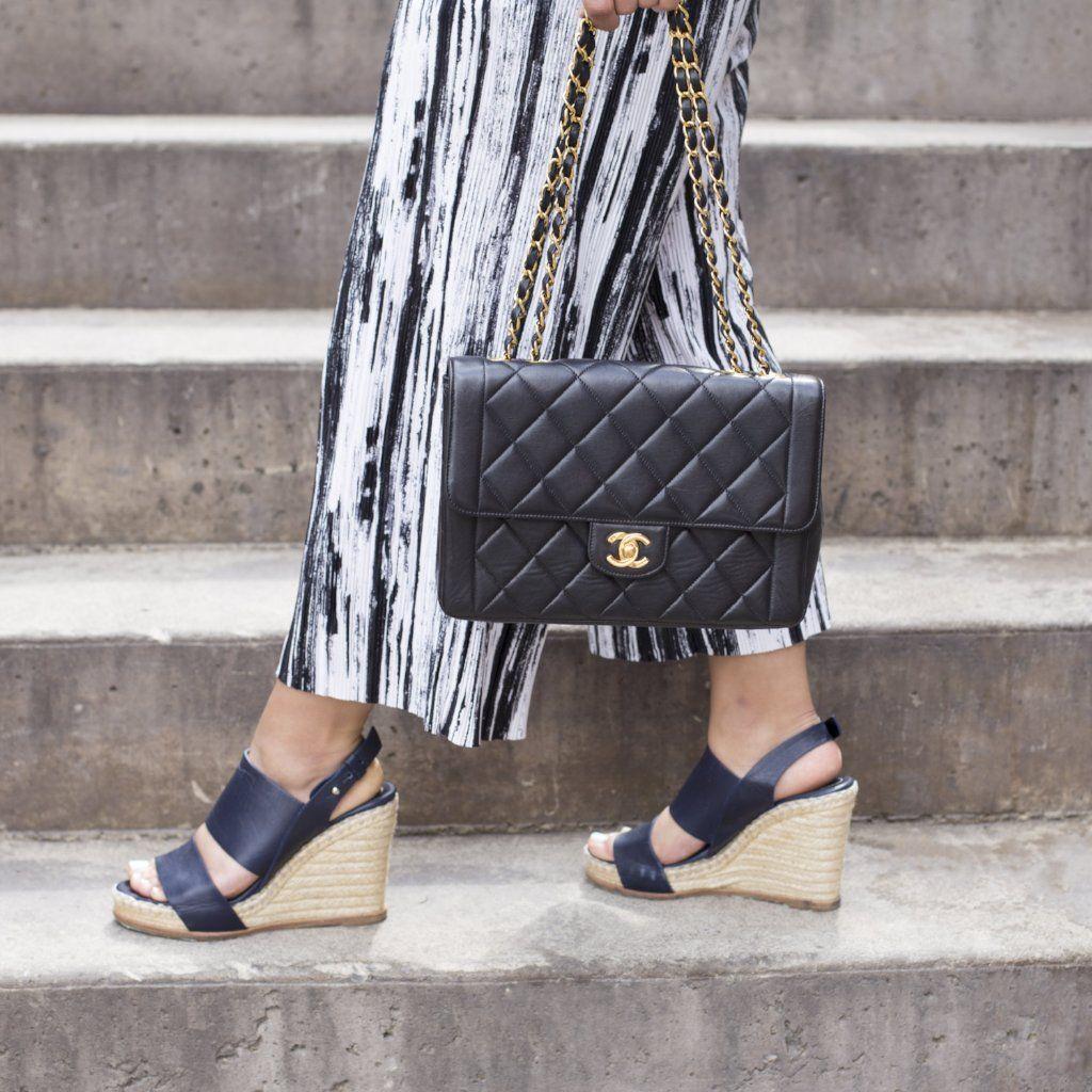 d3ec4327237ab Chanel Black Lambskin Vintage Single Flap Bag GHW - LOVE that BAG - Preowned  Authentic Designer Handbags