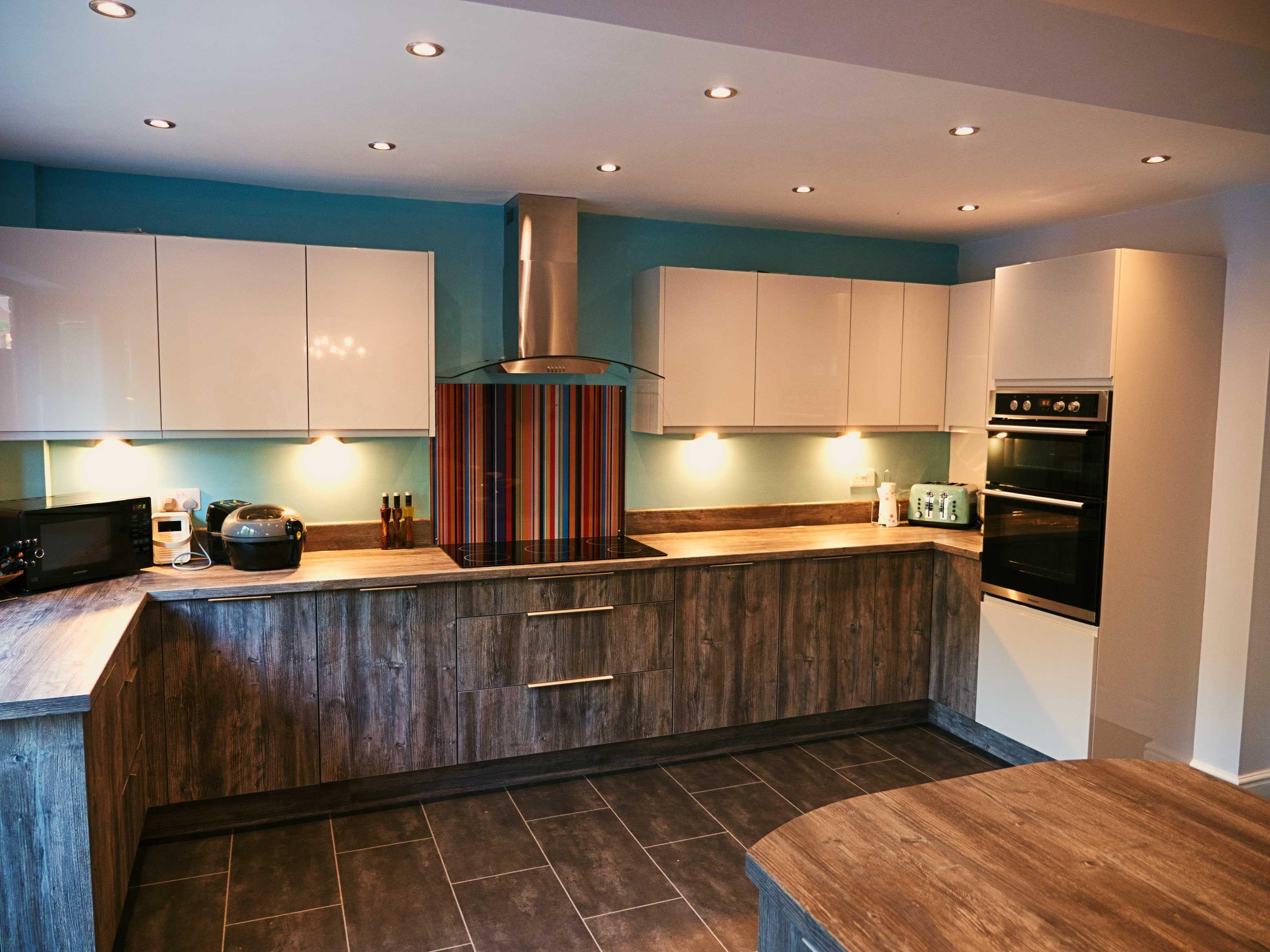 Pasadena pine and light grey gloss kitchen Kitchen