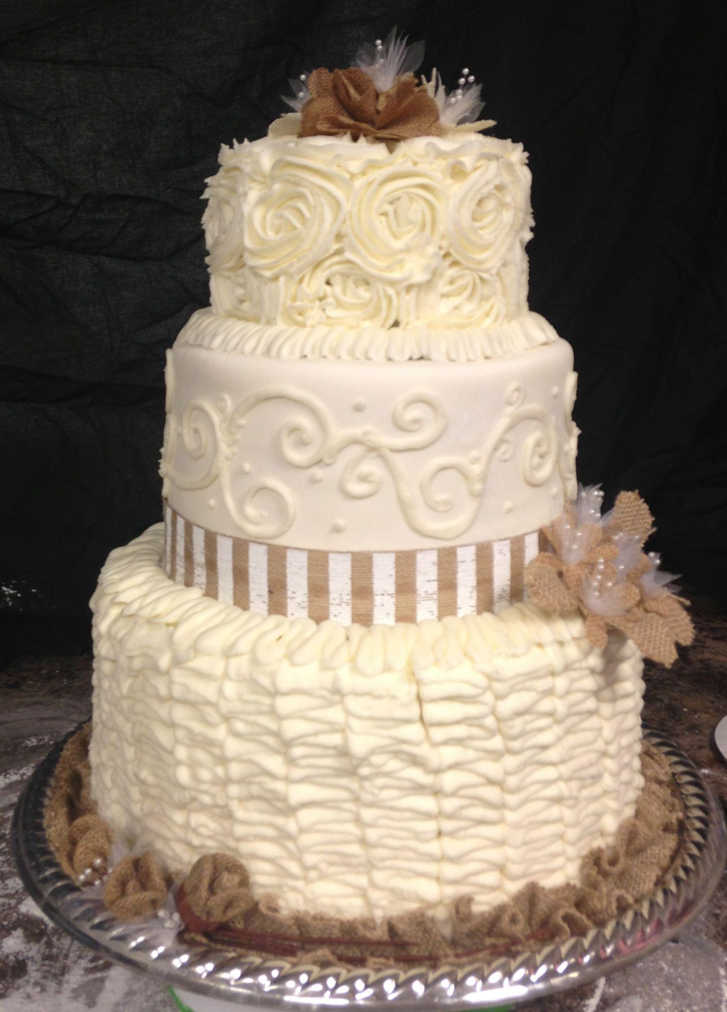 Burlap wedding cake | Burlap wedding cake, Cake, Burlap