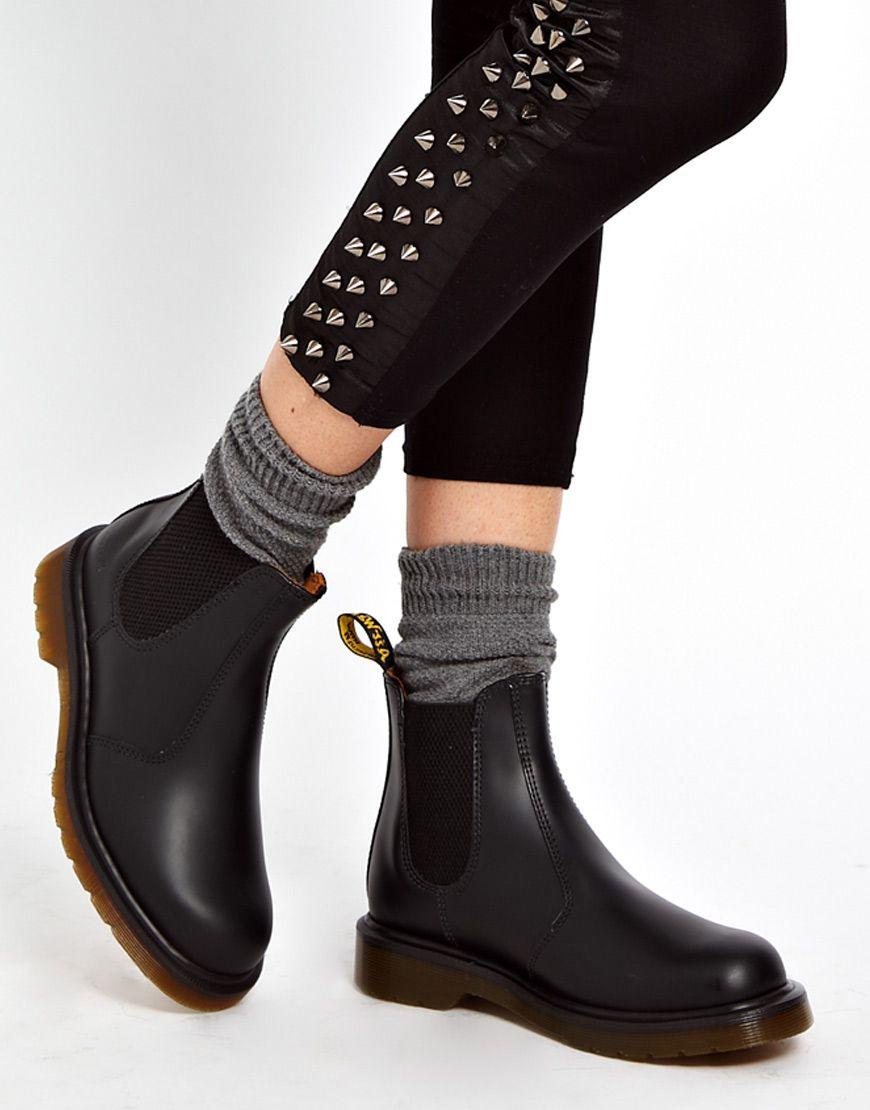dr martens classics 2976. black boots Dr Martens Chelsea ... a26c00a4e0