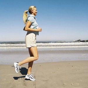 Buenos días ¿#Sabíasque los beneficios de correr son muchos? Te ayuda a mejorar el humor y tu fatiga disminuye. Corre al menos 2o minutos al día.