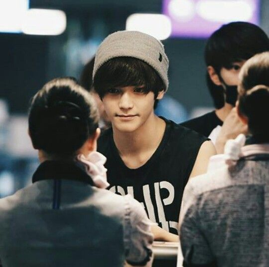 Taeyong - NCT U ... Imagine him staring at you like that