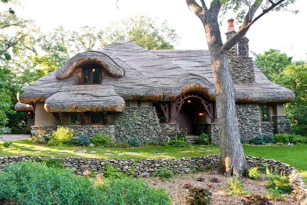 Pin by Julie Russell on gorgeous houses | Pinterest | House Middle Earth Home Design on moon homes, lord of the rings homes, chinese farm homes, harry potter homes, pokemon homes, paris homes, maryland homes, love homes, hippie homes, rivendell homes, europe homes, shire homes, camelot homes, avalon homes, canada homes, south africa homes, hobbiton homes, china homes, ocean homes, brazil homes,
