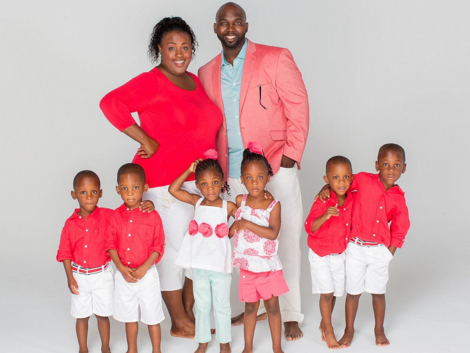 The Mcghee Sextuplets 4 Boys And 2 Girls Mom Kid Black Fathers