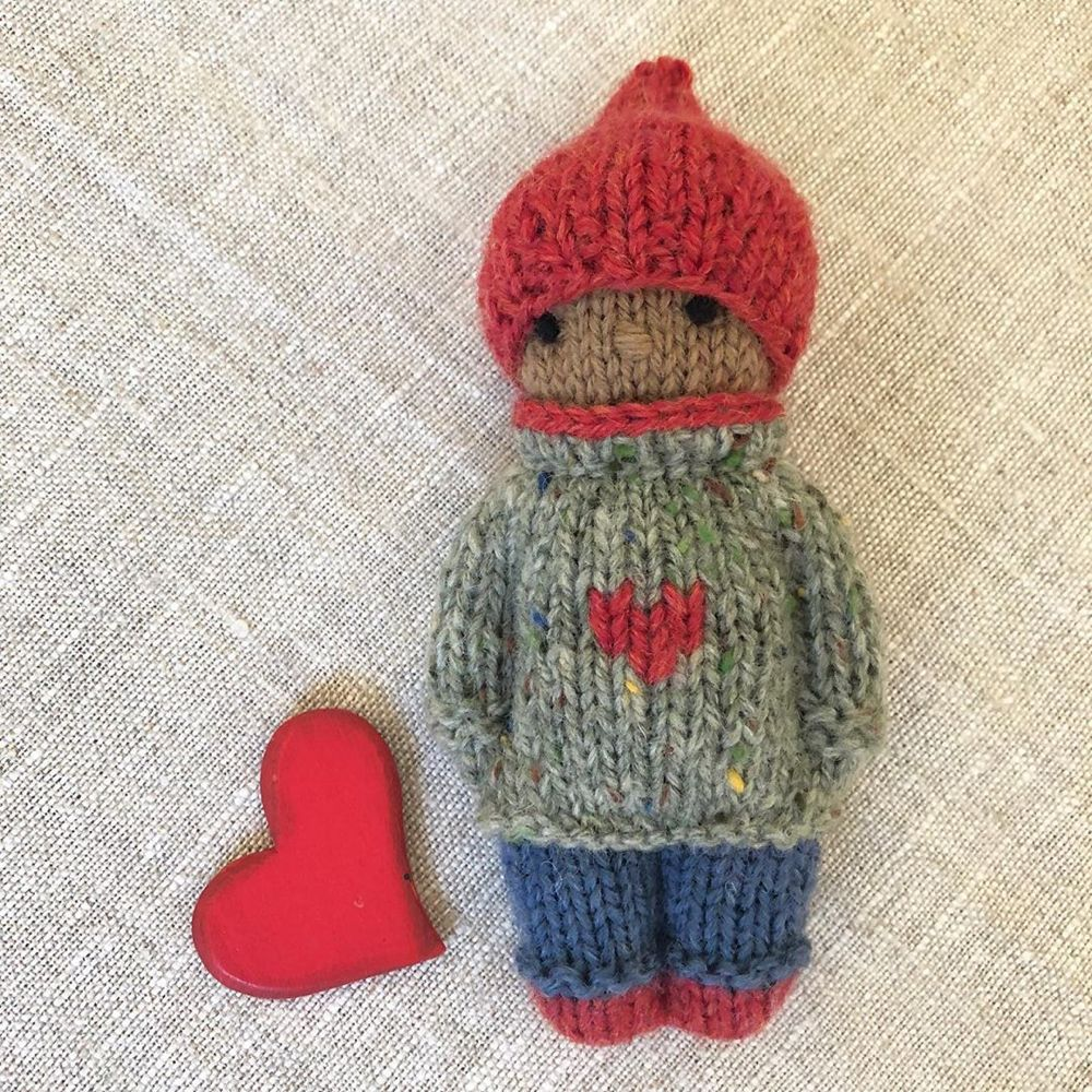 """Gudrun Dahle on Instagram: """"❤️This Knitty Kid is being donated to an auction being held by @trueartofgiving which will take place during the second week of November ❤️…"""" #knitteddollpatterns"""