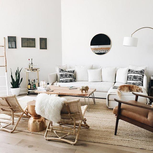 Cozy Minimalist Living Room: Continually Inspired By @chalkfulloflove's Cozy Minimalist