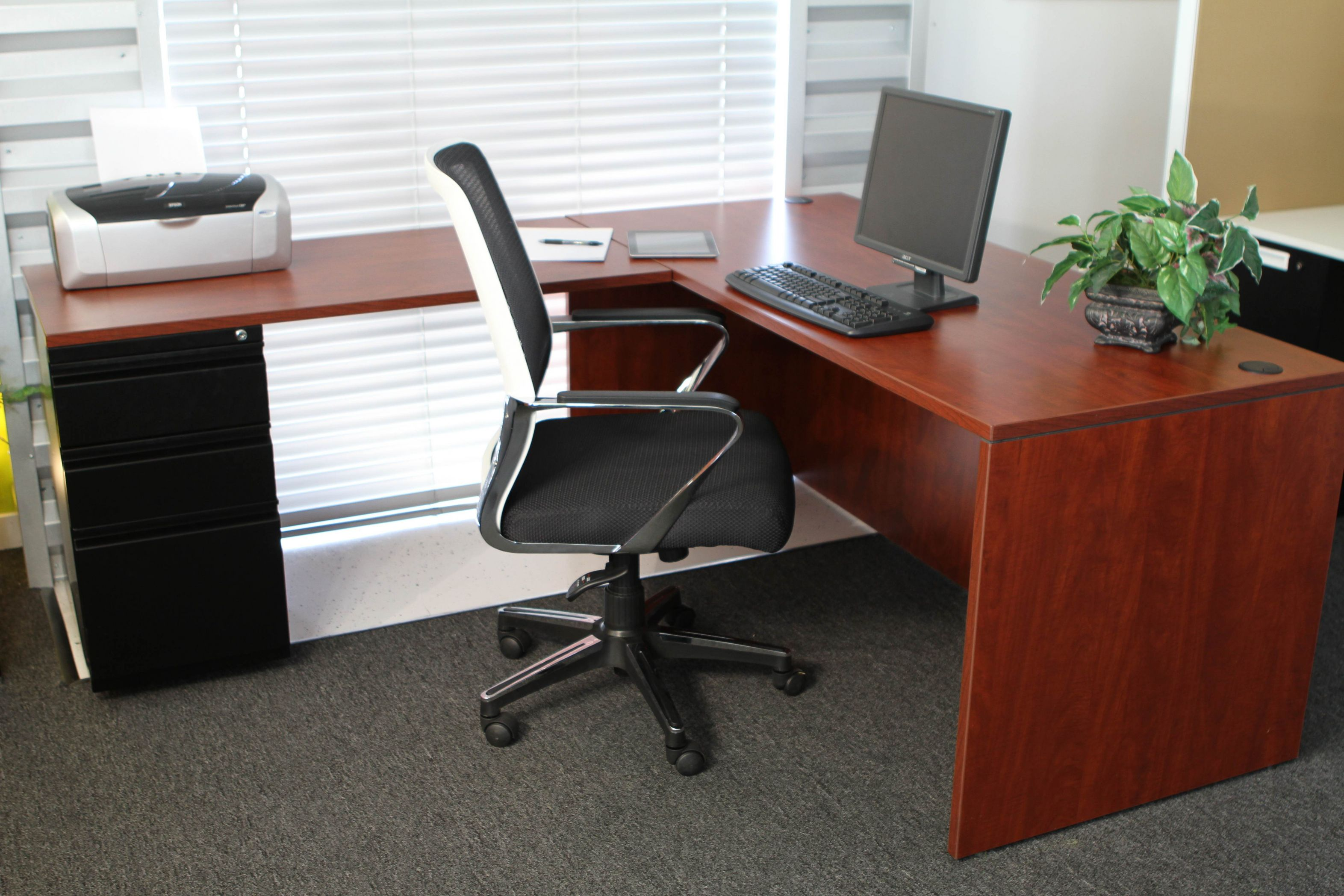 99+ Used Executive Office Desks Office Furniture for