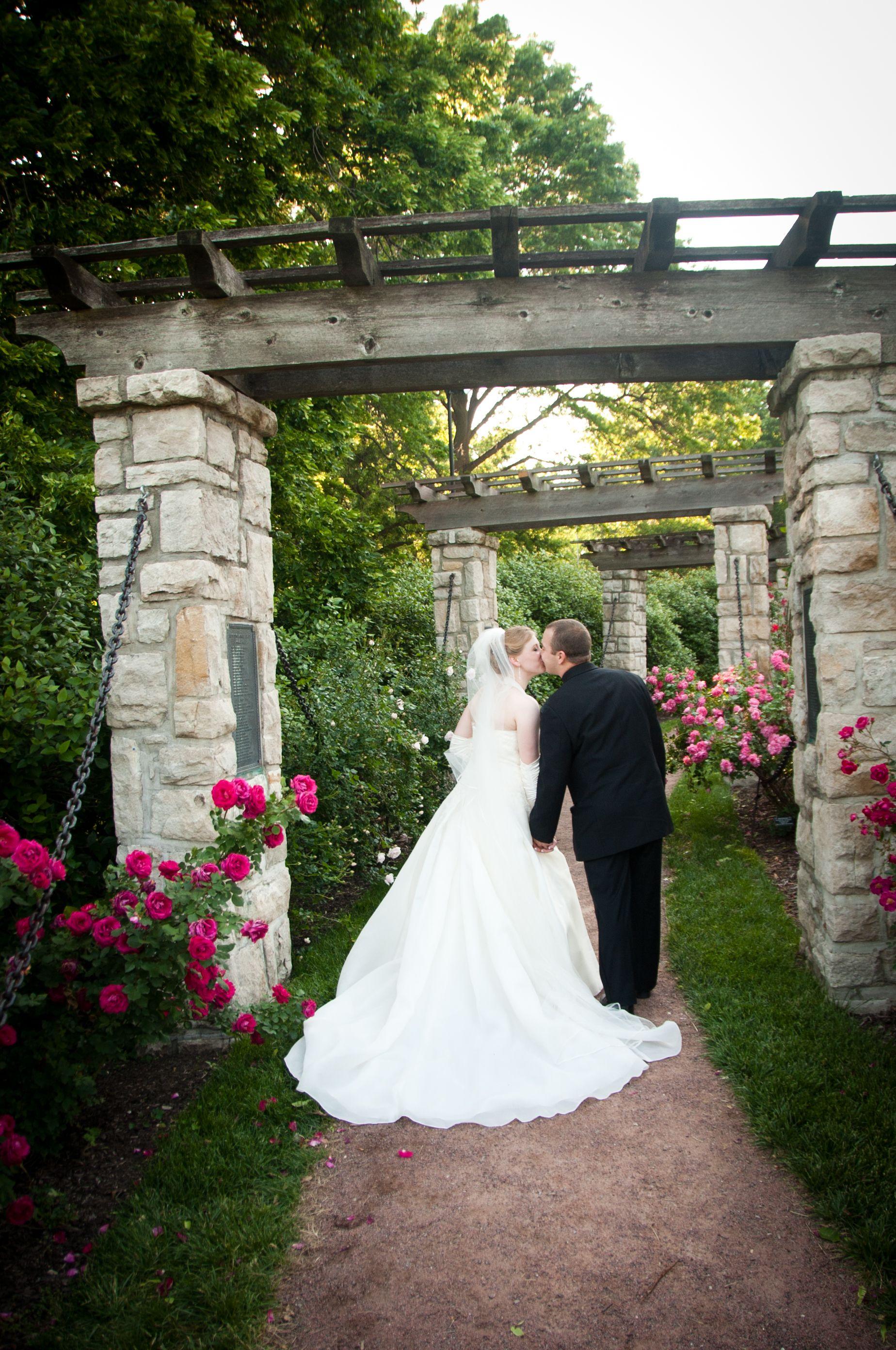 Loose Park Rose Garden Kansas City Mo Wedding