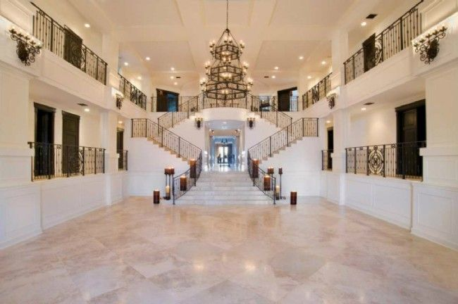 nicki minajs home is 6800 sq feet with 6 bedrooms and 7 bathrooms and celebrity mansionscelebrity housesfancy housesdream housesbig housesinside