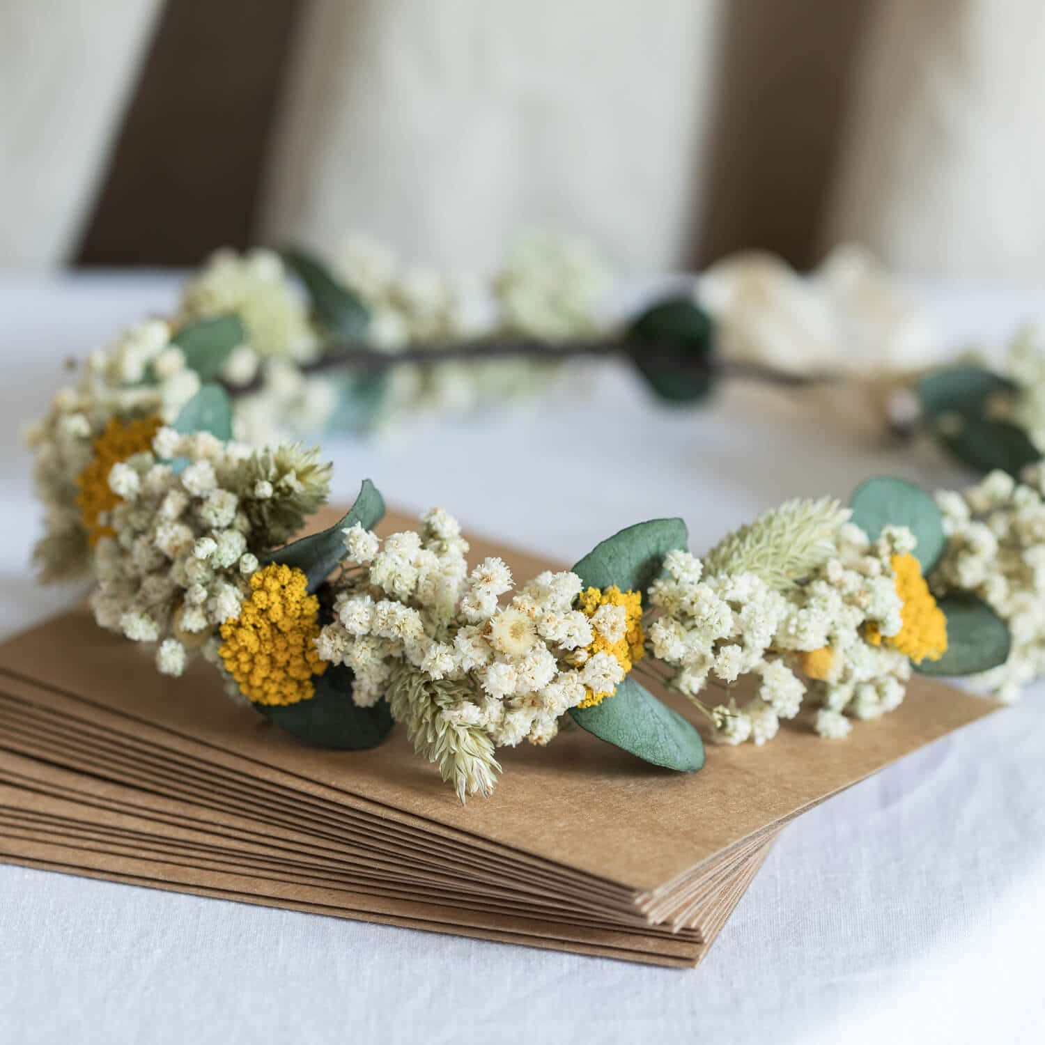 Details about  /Daisies on Vine Headband