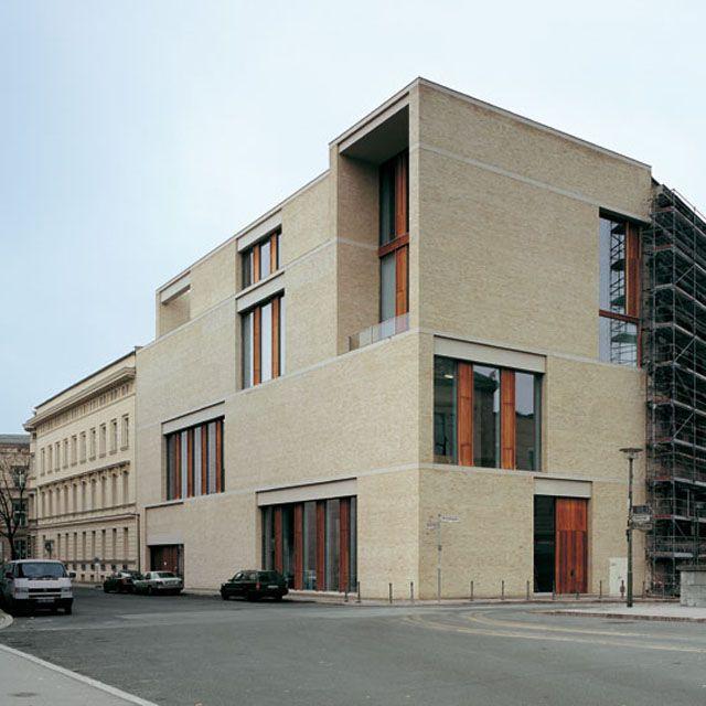 David chipperfield architects am kupfergraben 10 for Architecture berlin