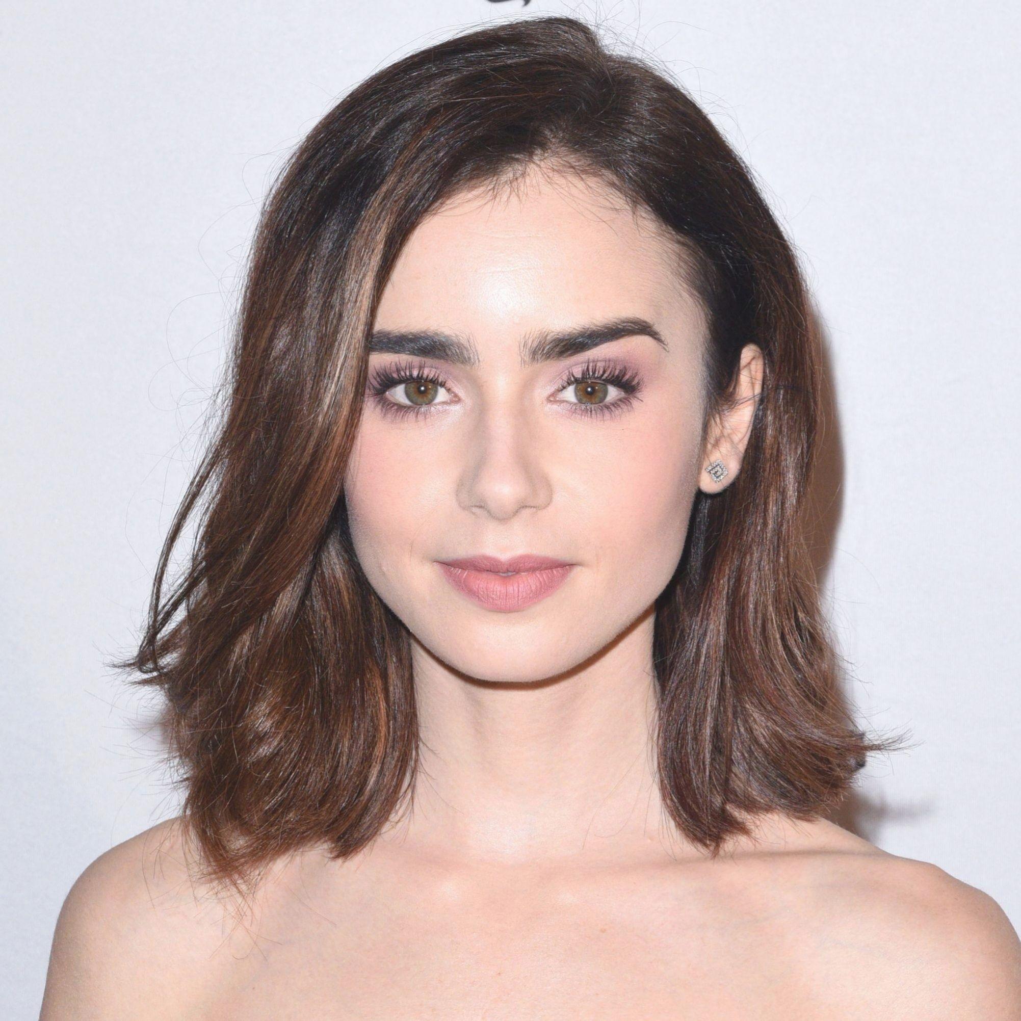 Die Drei Schmeichelhafte Haarschnitte Die Herzformige Gesichter Sollten Immer Auf In 2020 Frisur Gesichtsform Herzformiges Gesicht Frisuren Haarschnitt Rundes Gesicht