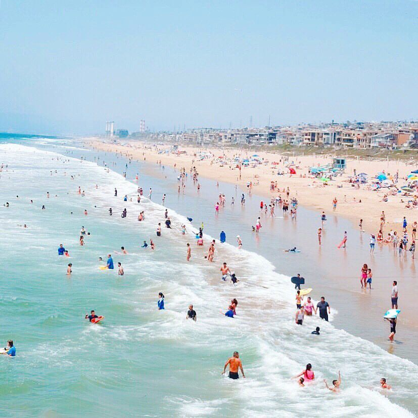 Los Angeles Beach Scene On A Sunny Day Los Angeles Travel Los Angeles Vacation Los Angeles Beaches