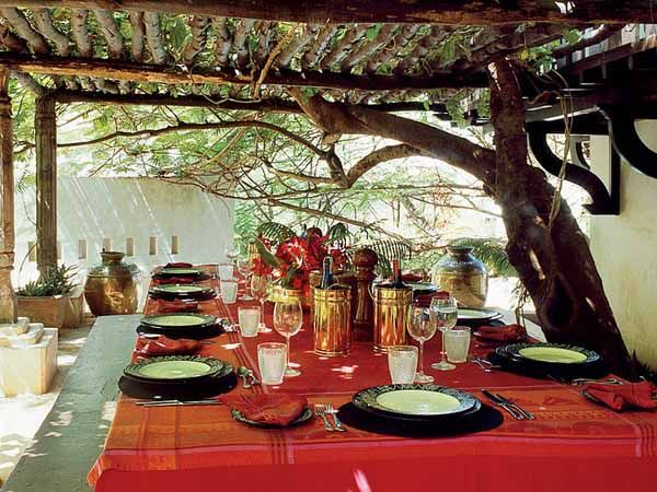 Party decoration ideas with african theme african table for African party decoration ideas