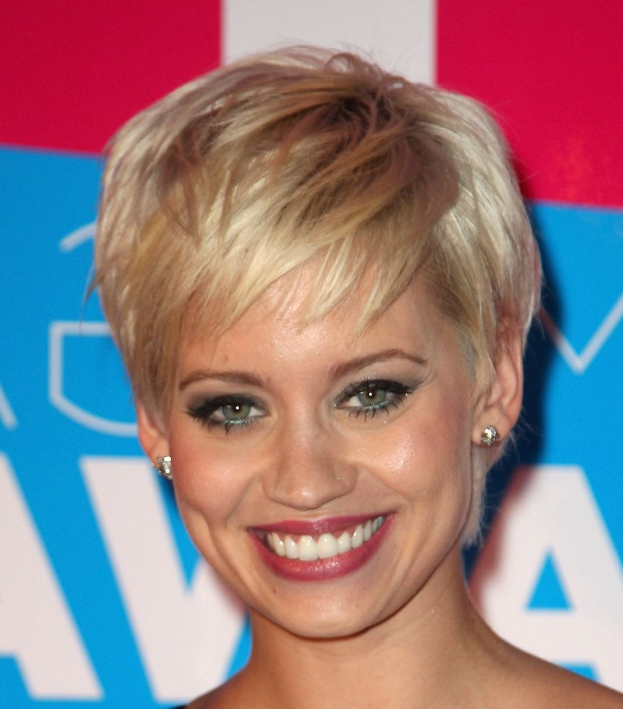 Hairstyles 2014 Short Hairstyles Round Face Simple And Quick Styling