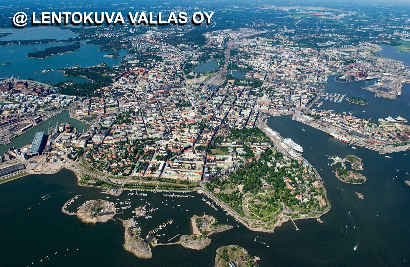 Helsinki korkealta kuvattuna Ilmakuva: Lentokuva Vallas Oy Nykytaiteen museo, Helsinki